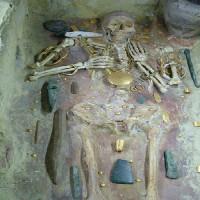کتاب روش کاوش در قبرستان ها